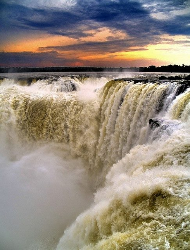 Viaje a Cataratas del Iguazú en Noviembre/ Diciembre - Paquete de 3 noches - [Argentina]