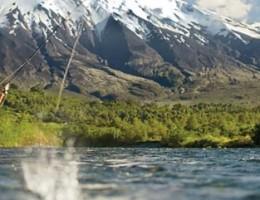 Paquete Pesca con mosca en Huishue Chile