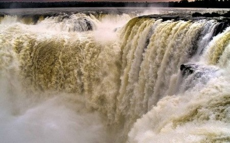 Viaje a Cataratas del Iguazú e...